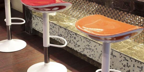 5 criterii de baza pentru alegerea unor scaune de bar potrivite